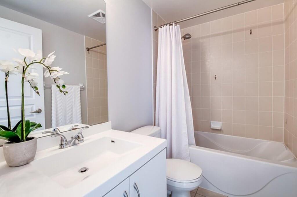 Płytki imitujące beton do łazienki