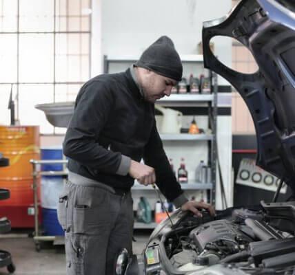 hurtownia wysokiej jakości olejów silnikowych i przemysłowych