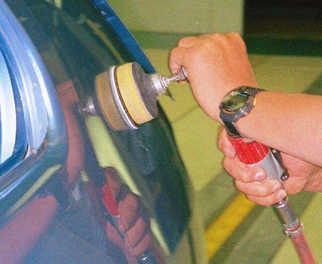 szlifierka oscylacyjna pneumatyczna do metalu